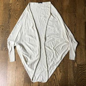 Zara Knit Ivory/Biege Cardigan Sweater